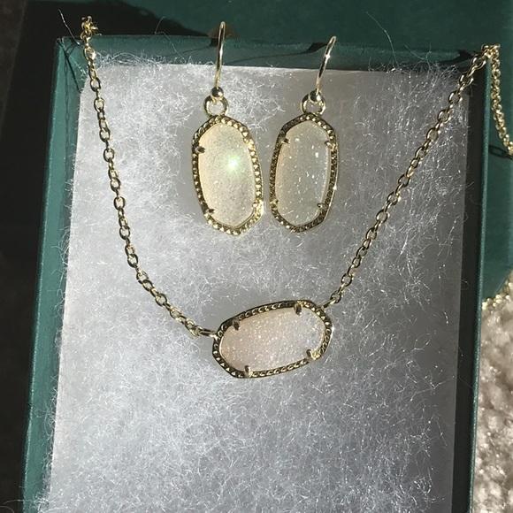 Kendra Scott  Iridescent Necklace/Earrings